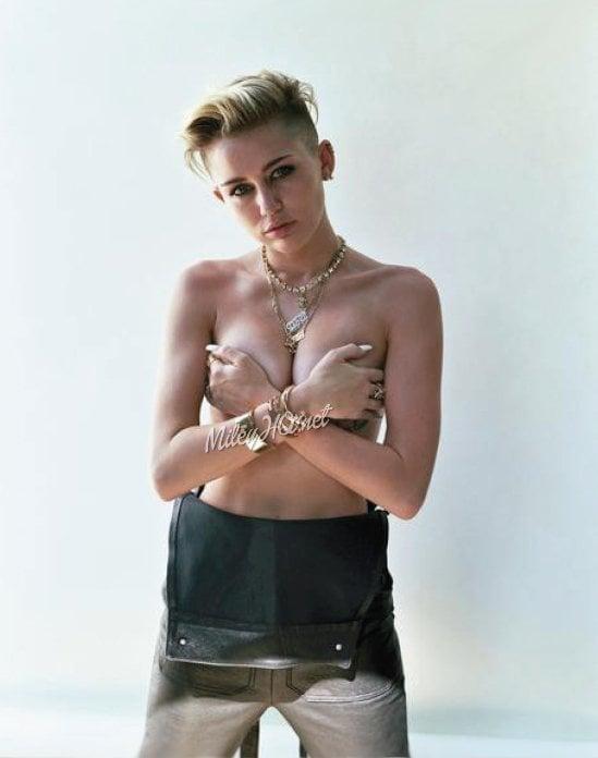 Miley Cyrus Topless Swimming Pool Pics
