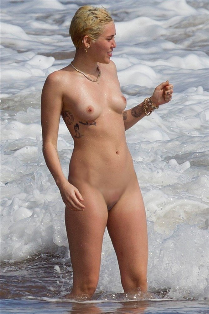 Wild Xxx Hardcore Miley Cyrus Naked Boobs Beach