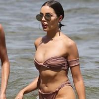 Olivia Culpo Pussy Wedgie Bikini Pics