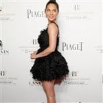 Olivia Munn Dresses Like A Slutty Bird
