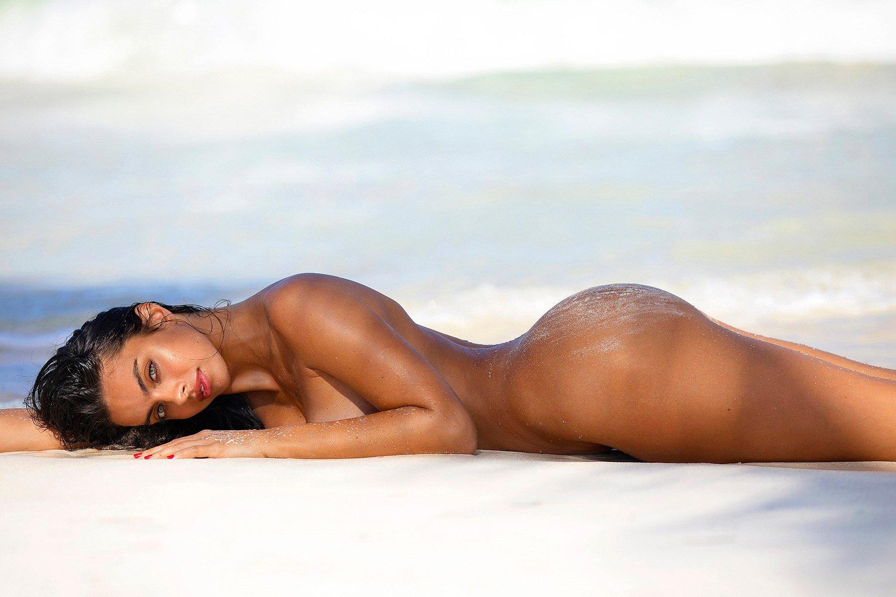 Priscilla Huggins Ortiz Nude Photos Collection