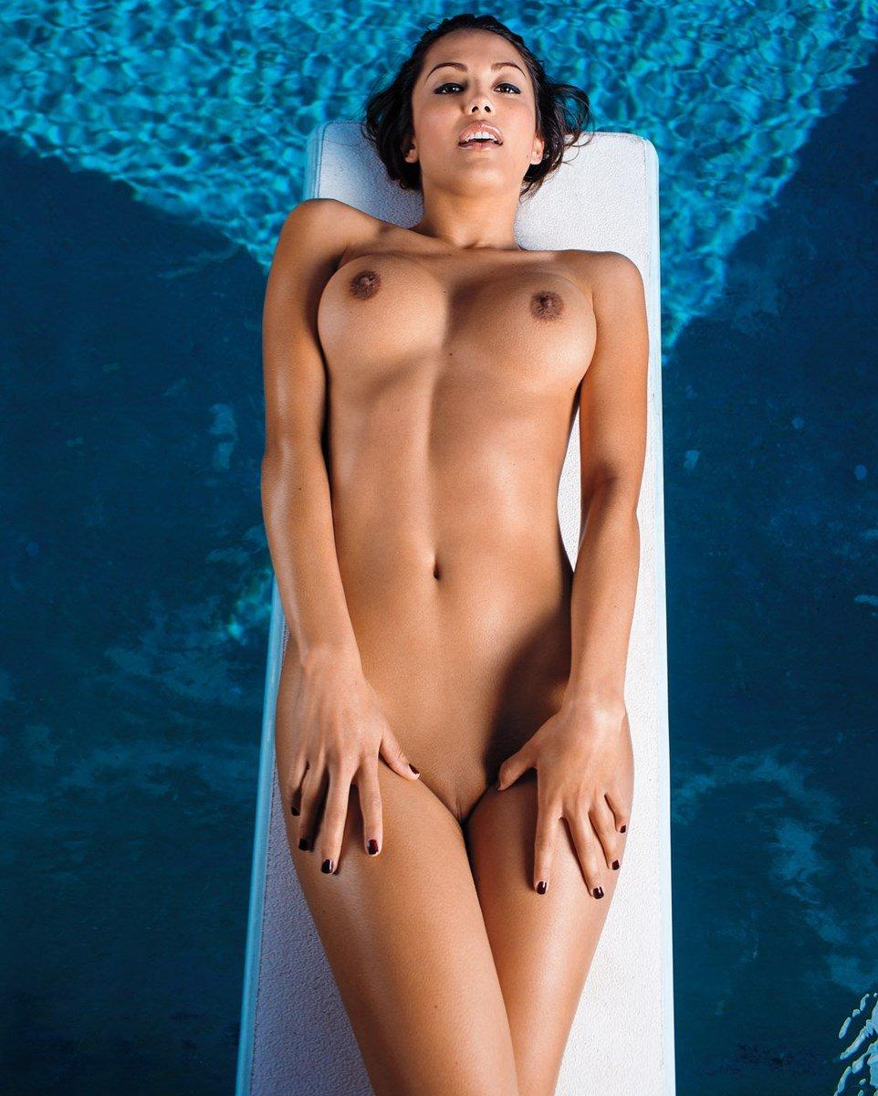 raquel-pomplun, nude-celebs