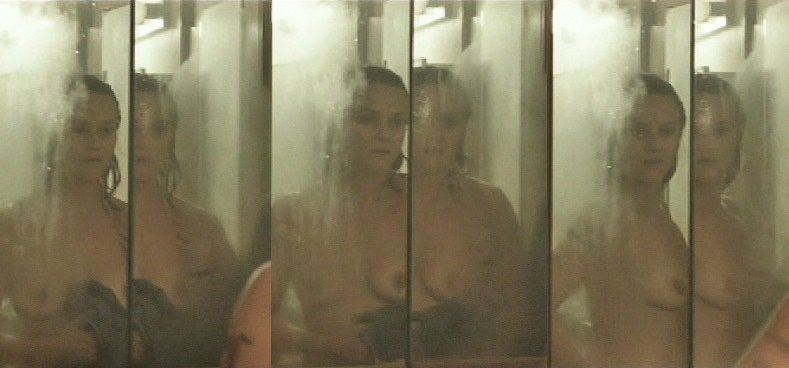Reese Witherspoon Nude Scene Screencaps From New Movie 'Wild'