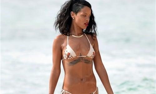 Rihanna Bikini Photo Shoot 48