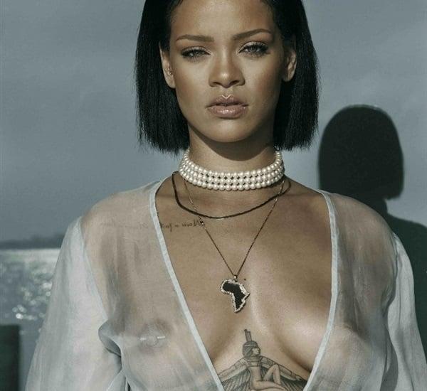 Rihanna S Tits 76