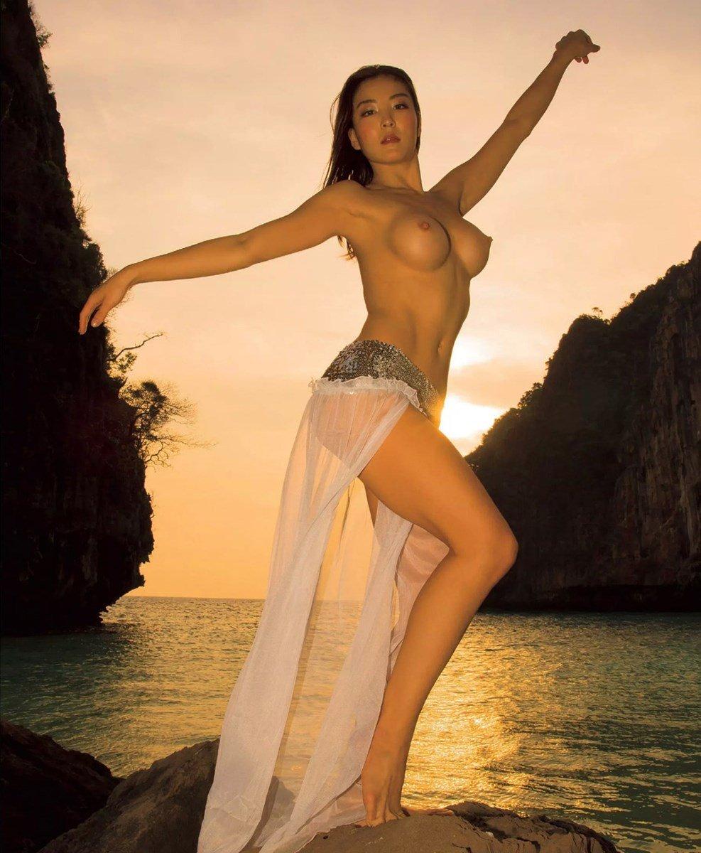 Olympic Gymnast Risa Izumi Nude Photos Collection