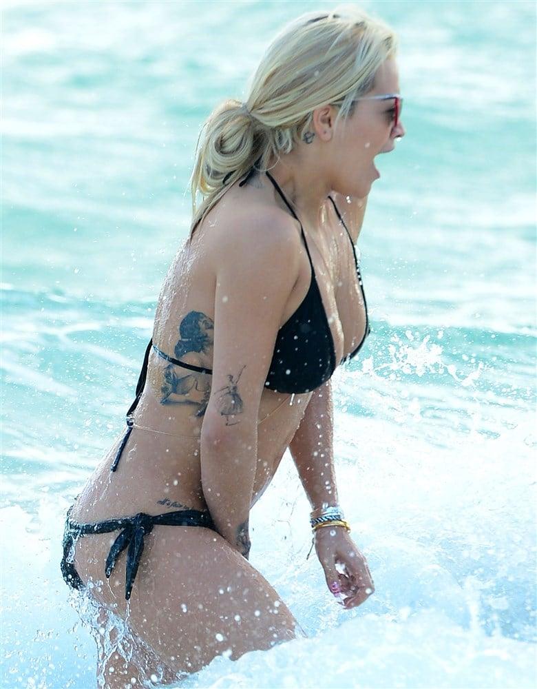 Rita Ora Hard Wet Nipples In Beach Candids