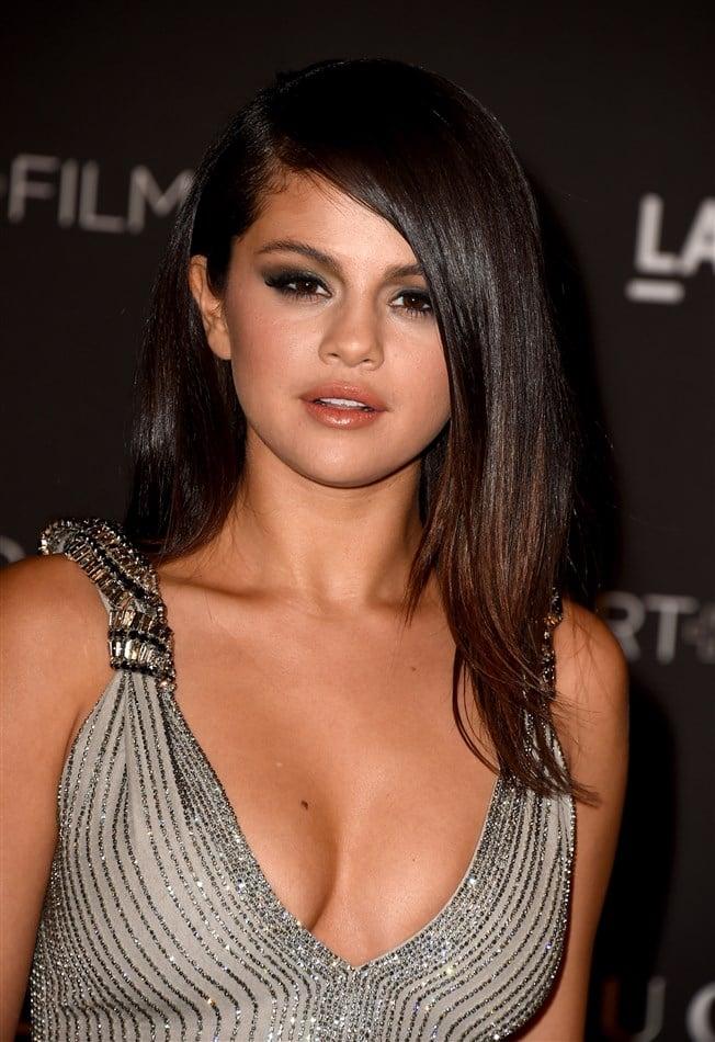 Selena Gomez Shows Deep Cleavage At LACMA Gala