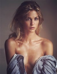 Nackt  Sofia Forsman Post [170090545413]