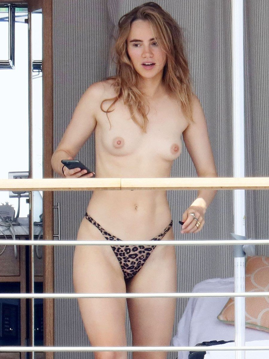 suki-waterhouse, nude-celebs