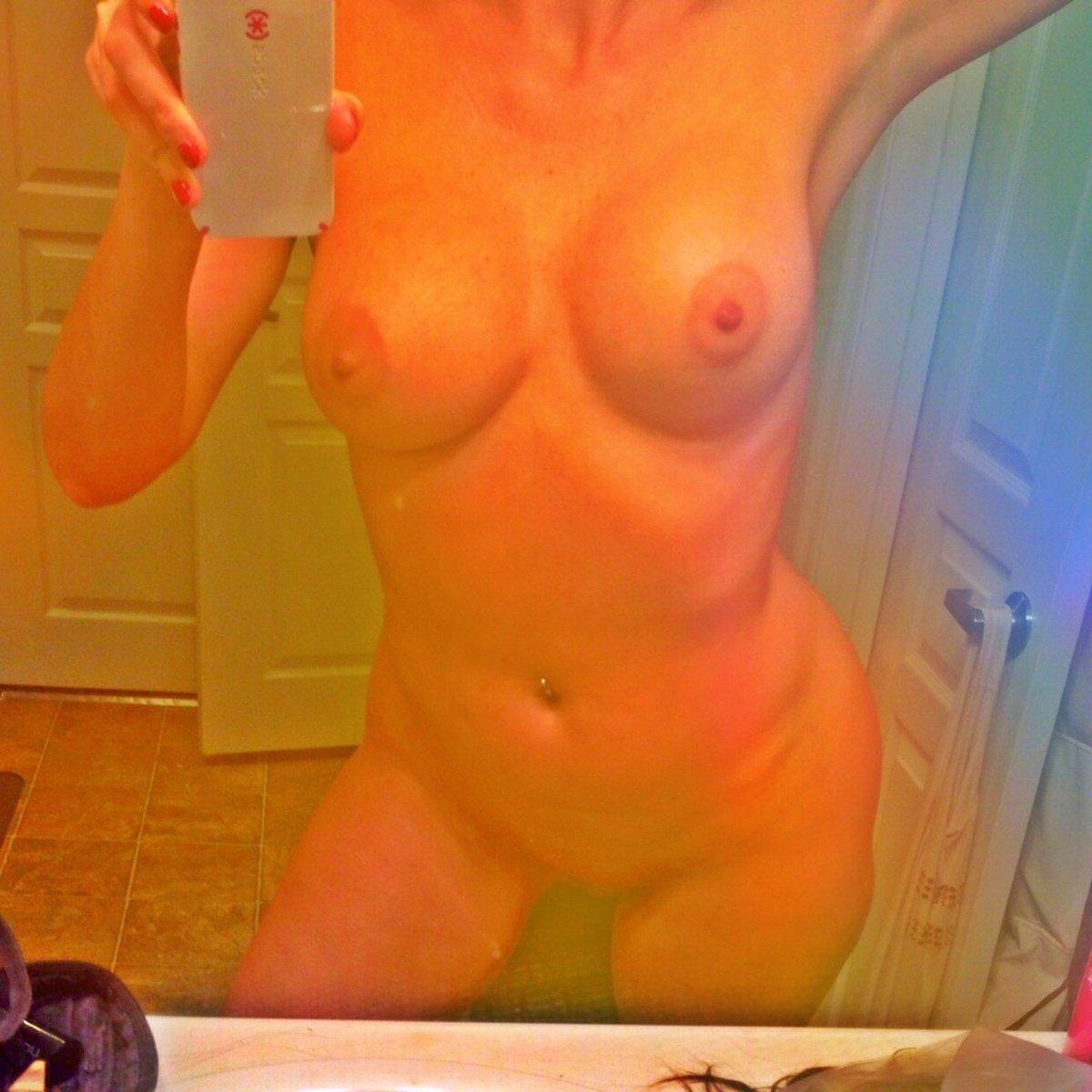 "Tanea ""Rebel"" Brooks Nude Photos Leaked"