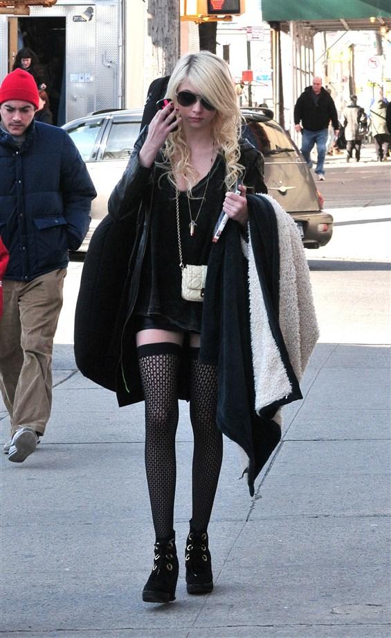 CelebJihad.com - Explosive Celebrity Gossip! Taylor Momsen