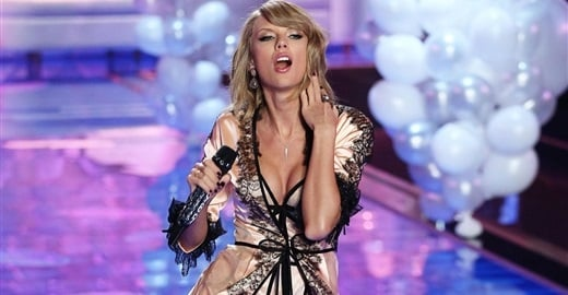 Taylor Swift Victoria Secret