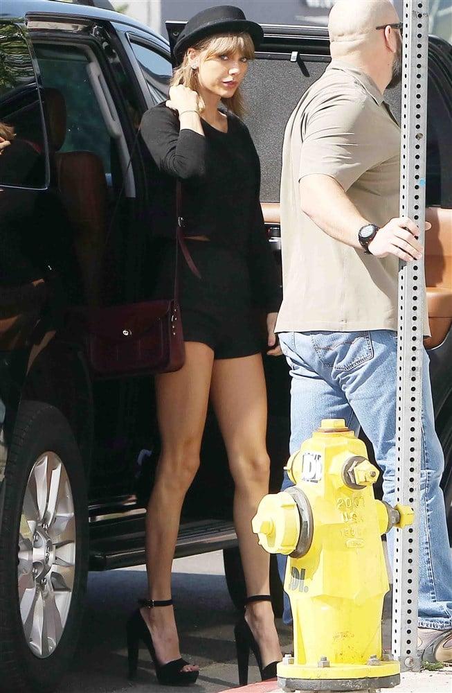 Taylor Swift's Long Legs Are A Public Menace