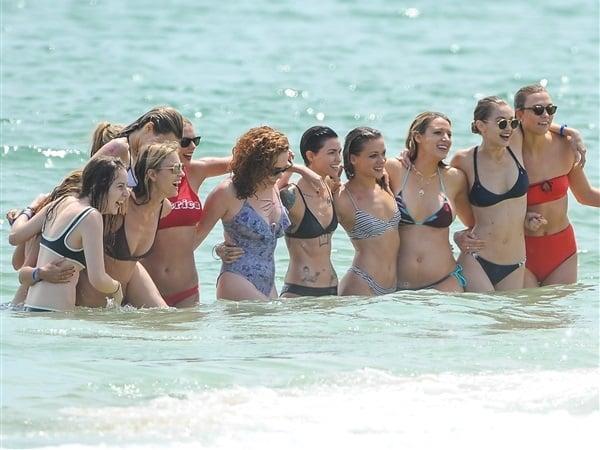 Taylor Swift bikini