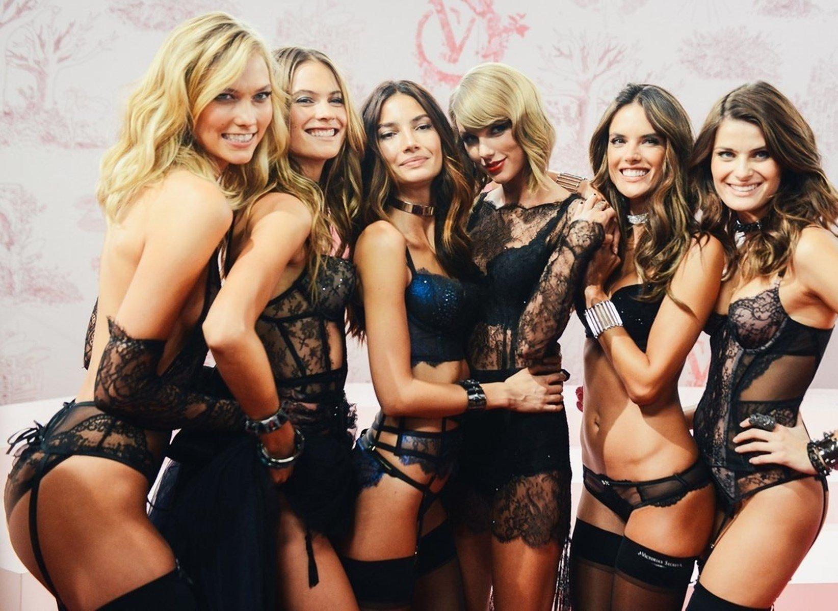 Taylor Swift Modeling Lingerie Jihad Celebs