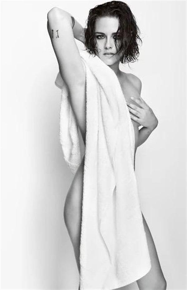 Kristen Stewart towel