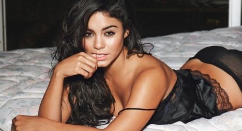 Vanessa hudgens naked wet, naked skinny butt