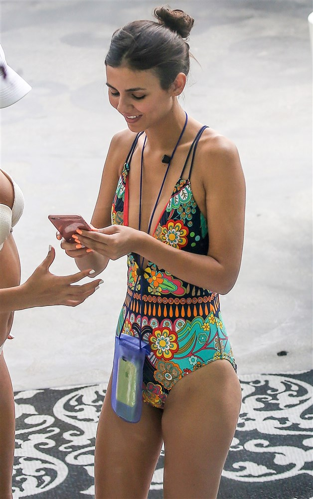 Victoria Justice Side Boob In A Low-Cut Swimsuit