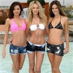 Oil Sheik Purchases Victoria's Secret Models