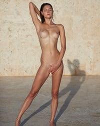 Nude levina Levina nude,