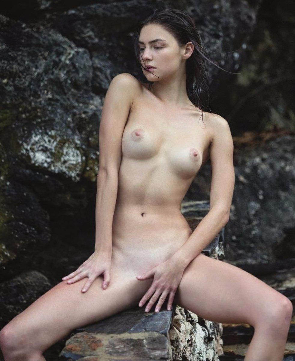 Katya Clover Nude