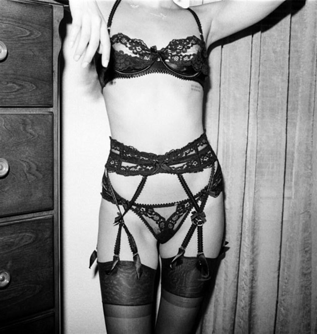 Willa Holland Nude Photos Collection