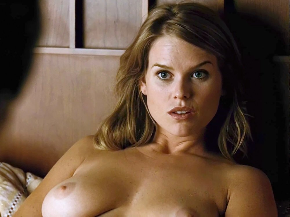 Fappening alice eve Golfer Paige