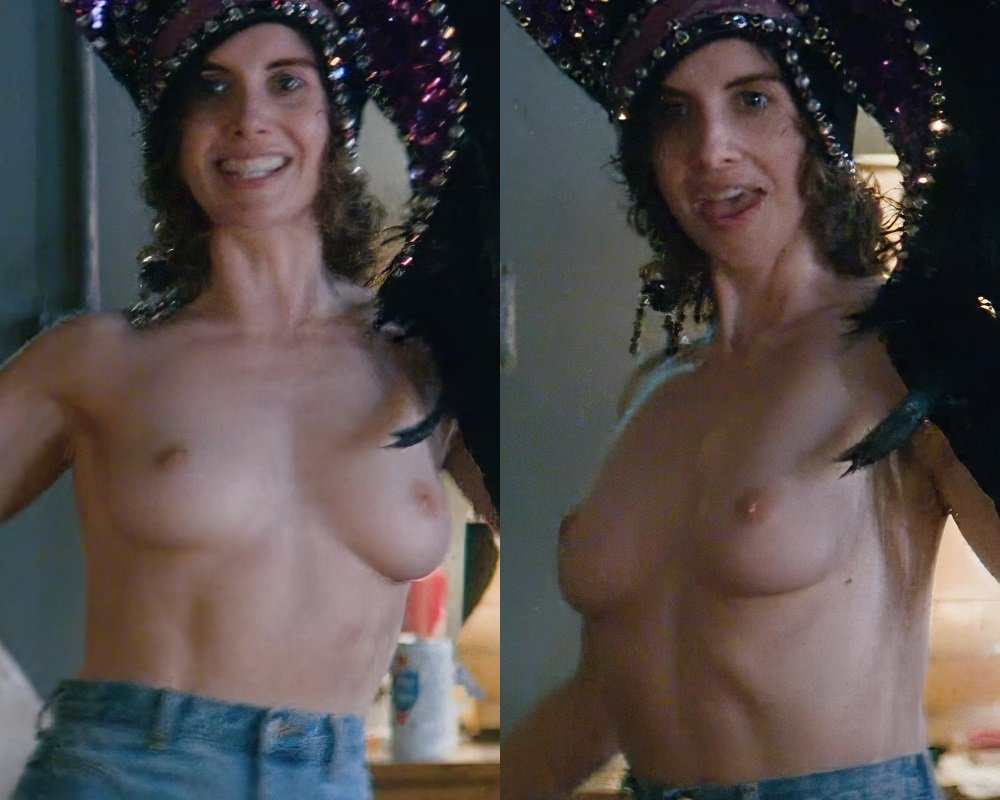 100 Photos of Alison Brie Glow Naked