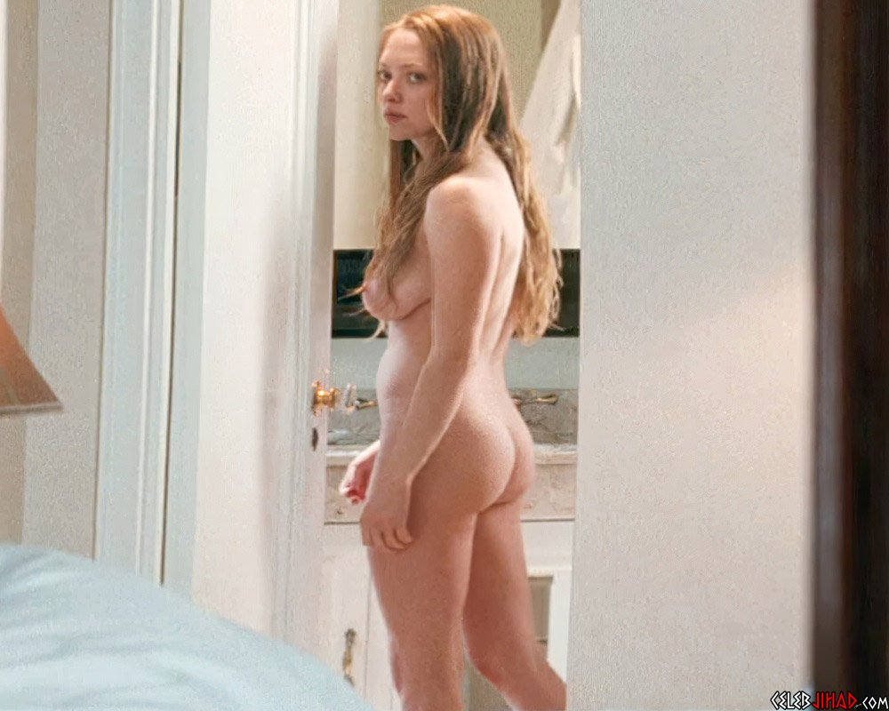 "Amanda Seyfried Nude Scenes From ""Chloe"" Enhanced In 4K"