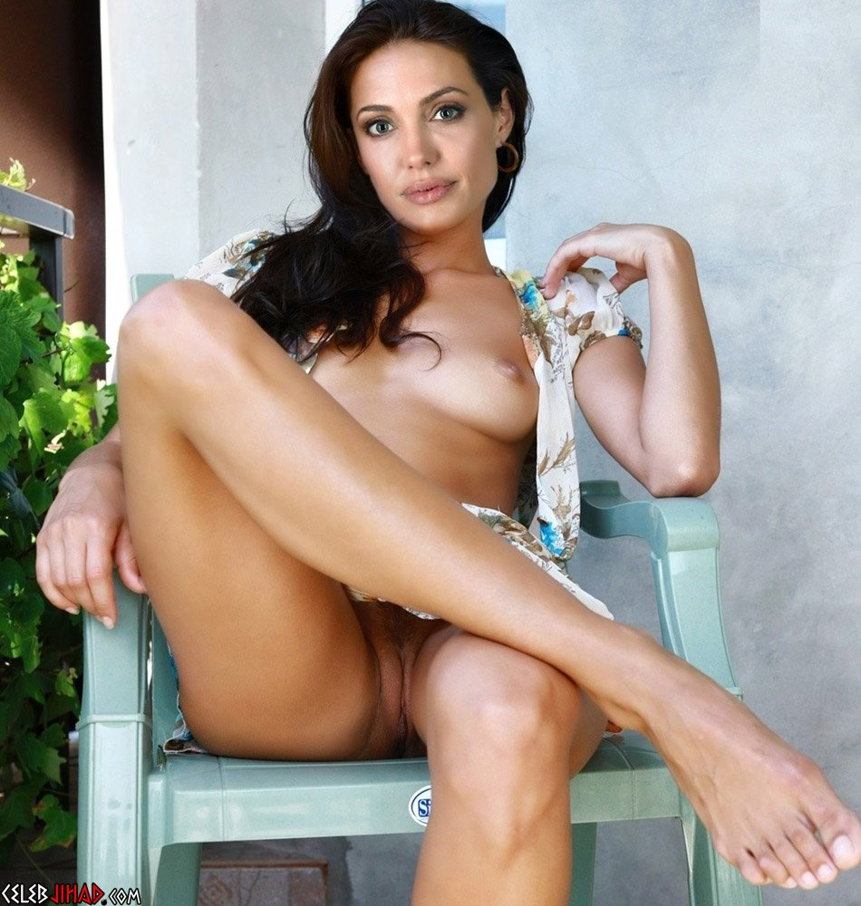 Angelina Jolie Tits angelina jolie naked, horny, and ready to move on