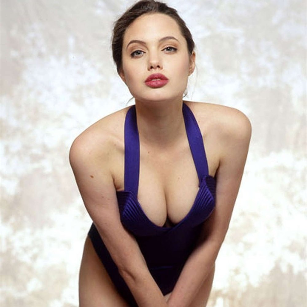angelina jolie young first nude