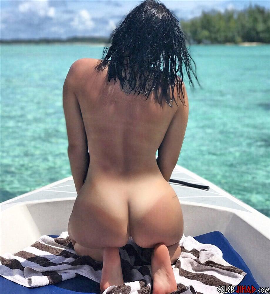 Ariel Winter nude