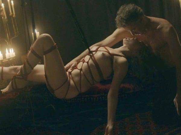 Nackt  Bella Heathcote Vídeos pornôs