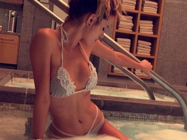 Bella sister nude — 5