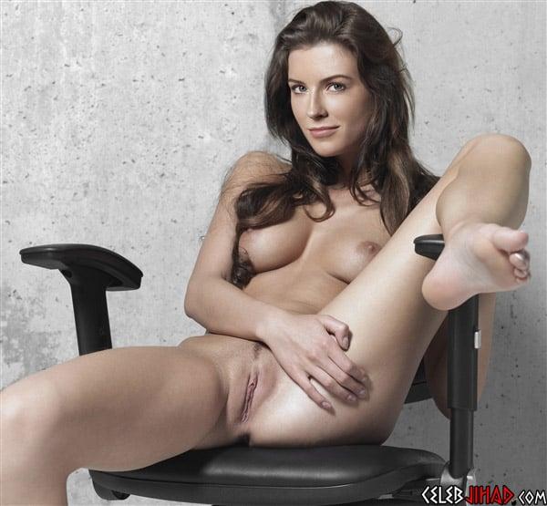 Bridget Regan Nude Photos Sex Scene Pics