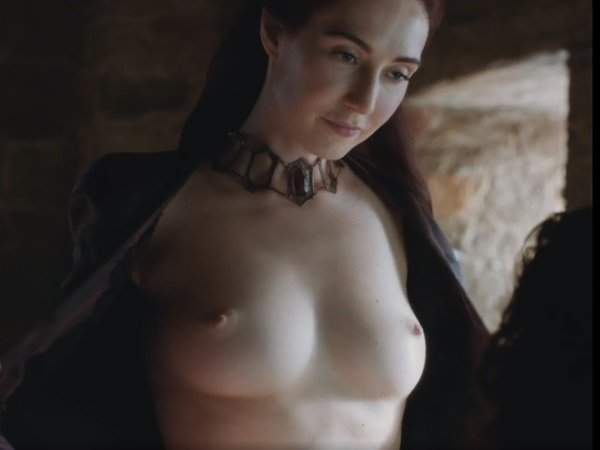 """Lily James Nude Scene From """"The Dig"""""""
