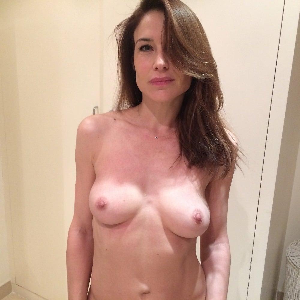 Claire forlani tits