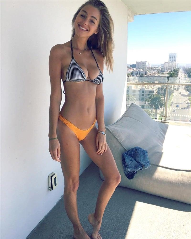 Elizabeth Turner bikini