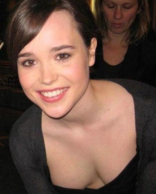 Ellen Page Flaunts Her Awkward Cleavage