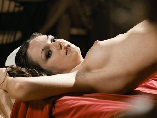 Nude emily meade Emily Meade's