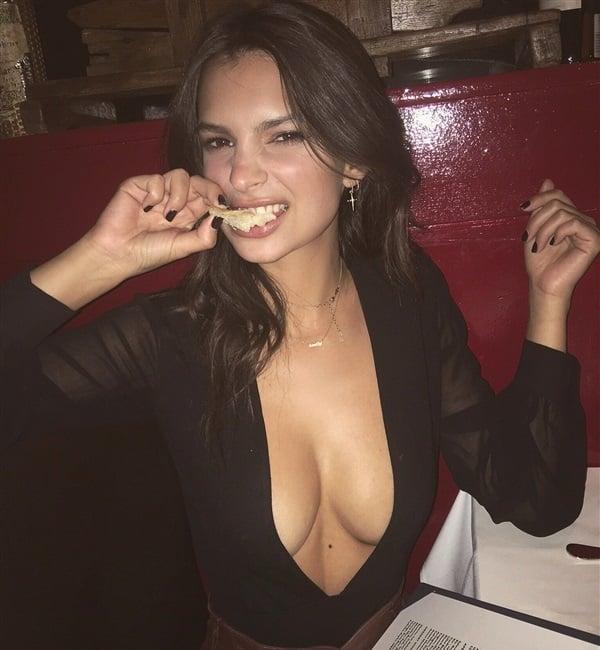 Emily Ratajkowski's Tits Are On The Menu