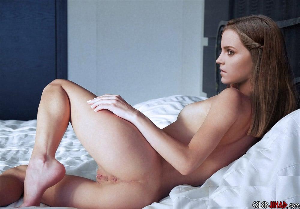 Naked ass show