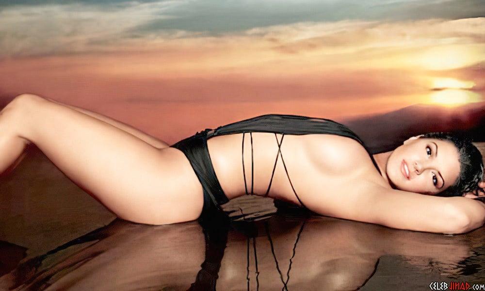 Gina Carano sexy