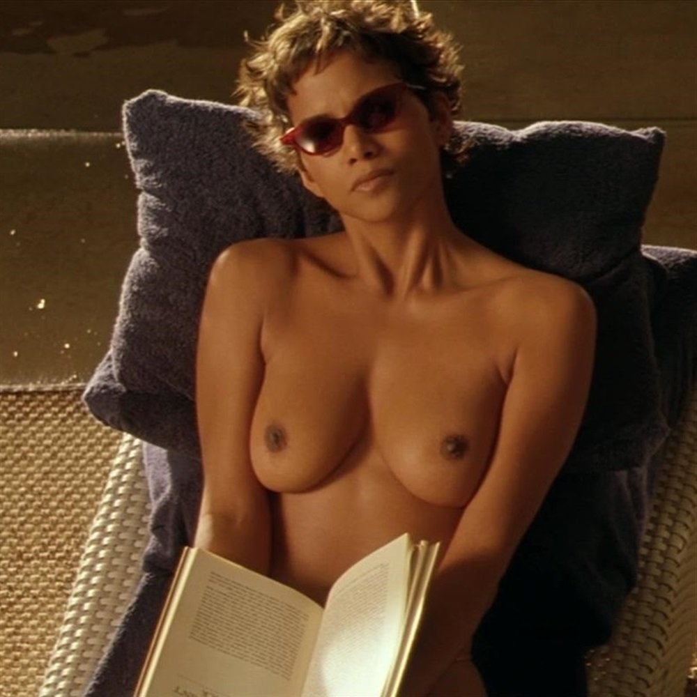 Halle Berry Nude Galleries