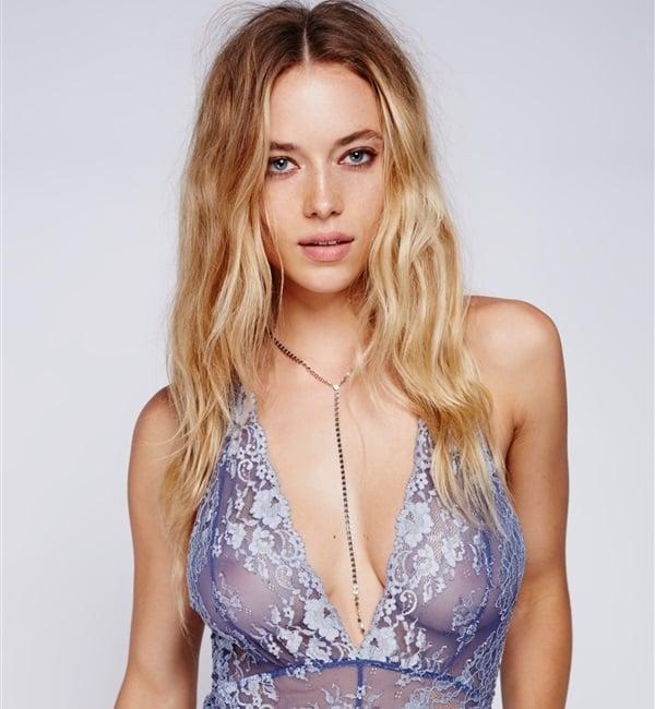 Hannah Ferguson Slips Her Pussy Past The Censors