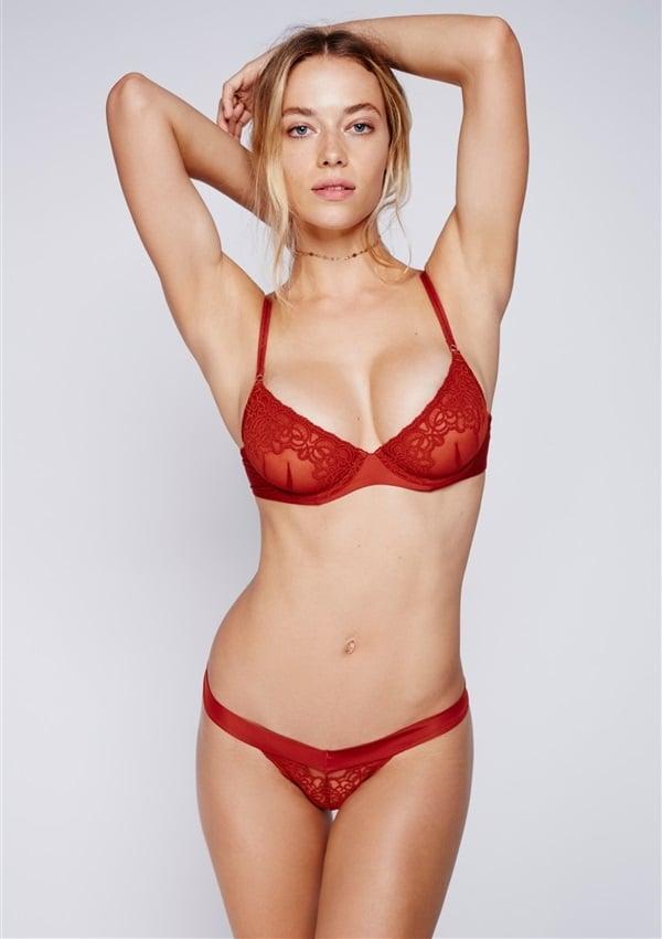 Hannah Pussy 46