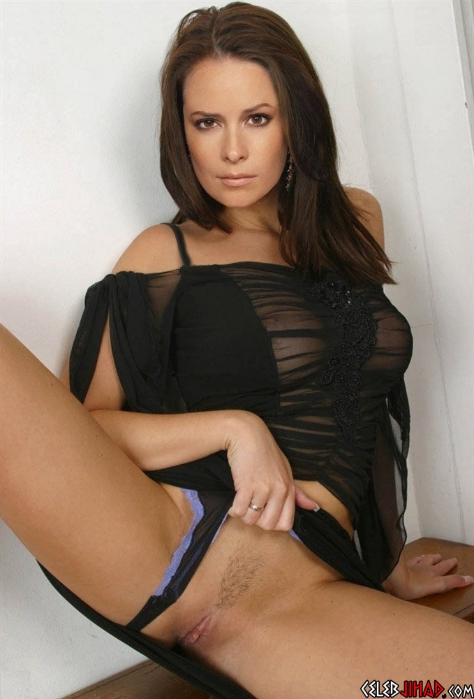 Holly marie combs nude photo