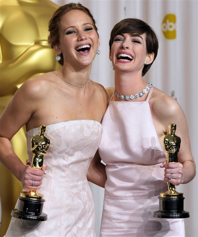 Jennifer Lawrence Anne Hathaway