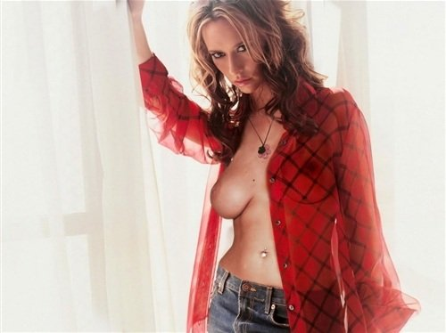 Sex jennifer love hewitt pictures of her breasts